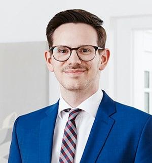 Kevin-Bommer_Erbrecht_Rechtsanwalt_Saarbruecken_stingbert